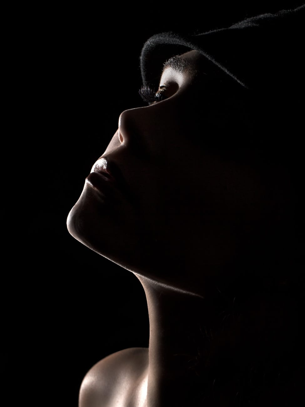 Fine Line. Toronto Creative Beauty Photographer.