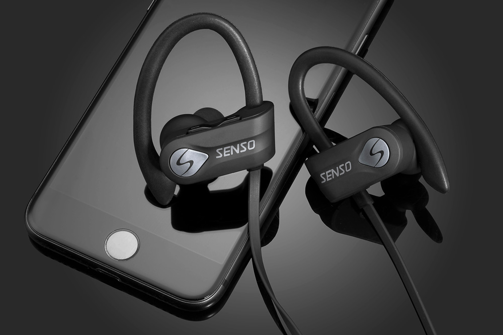 headphones-bw