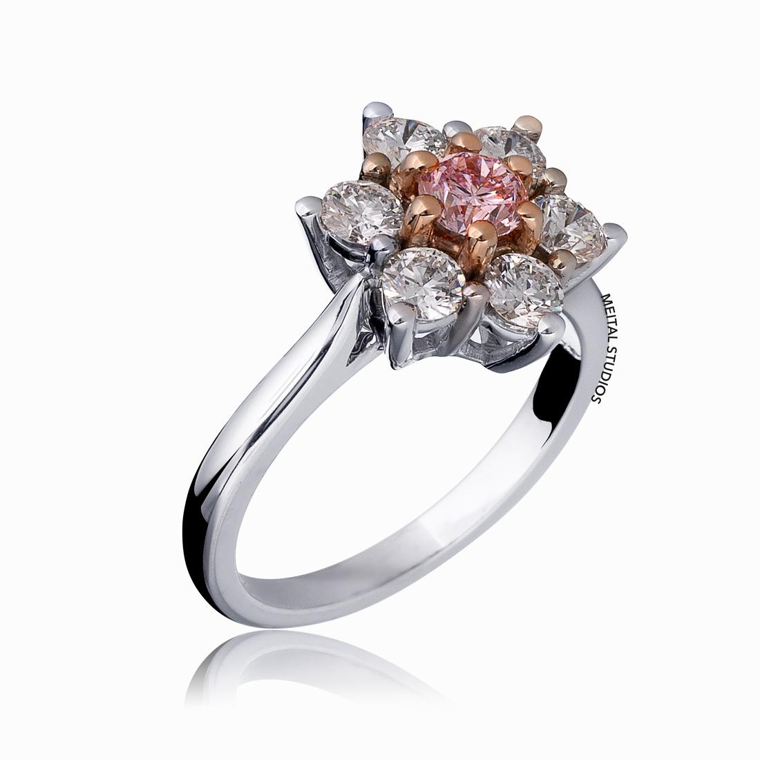 Pink Diamond Gold Ring.